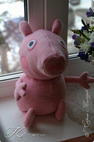 Свинка Пеппа и её семья на магнитах.  фото 8