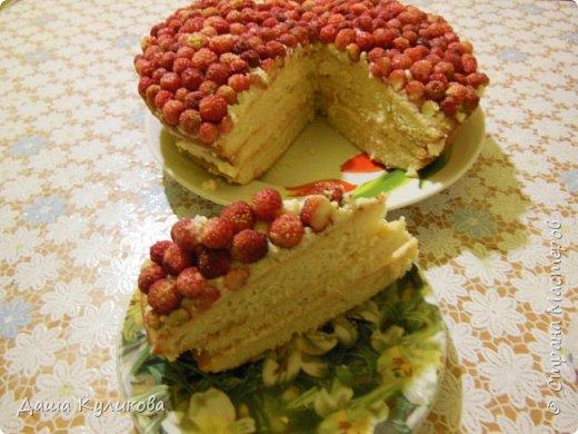 Поделюсь сегодня с вами своей идеей ягодного торта к лету ГЛАВНОЙ особенностью будет ягода сверху фото 23