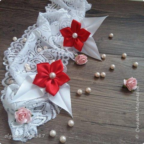 Вот из таких простых лепестков канзаши, получаются милые цветочки для совсем маленьких крох. фото 2