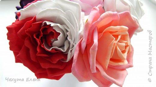 Пионовидные роза по МК Надежды Коноваловой. Спасибо ей огромное! Это резинка для волос.  фото 4