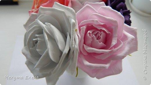 Пионовидные роза по МК Надежды Коноваловой. Спасибо ей огромное! Это резинка для волос.  фото 5
