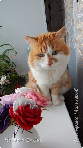 Пионовидные роза по МК Надежды Коноваловой. Спасибо ей огромное! Это резинка для волос.  фото 7