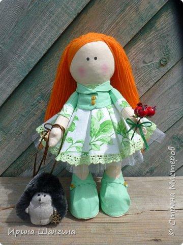 Доброго всем дня! У меня сегодня дебют - интерьерные текстильные куколки большеножки!  Шила куколок в первый раз (притом что шить не умею вообще))) Стоят, сидят самостоятельно, ручки, ножки двигаются. Приглашаю на смотрины))) фото 12