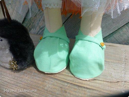 Доброго всем дня! У меня сегодня дебют - интерьерные текстильные куколки большеножки!  Шила куколок в первый раз (притом что шить не умею вообще))) Стоят, сидят самостоятельно, ручки, ножки двигаются. Приглашаю на смотрины))) фото 15