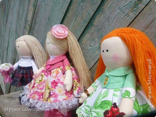 Доброго всем дня! У меня сегодня дебют - интерьерные текстильные куколки большеножки!  Шила куколок в первый раз (притом что шить не умею вообще))) Стоят, сидят самостоятельно, ручки, ножки двигаются. Приглашаю на смотрины))) фото 20