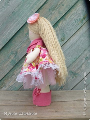 Доброго всем дня! У меня сегодня дебют - интерьерные текстильные куколки большеножки!  Шила куколок в первый раз (притом что шить не умею вообще))) Стоят, сидят самостоятельно, ручки, ножки двигаются. Приглашаю на смотрины))) фото 3