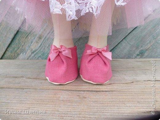 Доброго всем дня! У меня сегодня дебют - интерьерные текстильные куколки большеножки!  Шила куколок в первый раз (притом что шить не умею вообще))) Стоят, сидят самостоятельно, ручки, ножки двигаются. Приглашаю на смотрины))) фото 5
