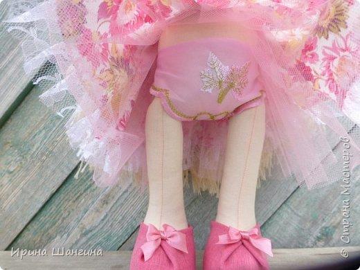 Доброго всем дня! У меня сегодня дебют - интерьерные текстильные куколки большеножки!  Шила куколок в первый раз (притом что шить не умею вообще))) Стоят, сидят самостоятельно, ручки, ножки двигаются. Приглашаю на смотрины))) фото 6
