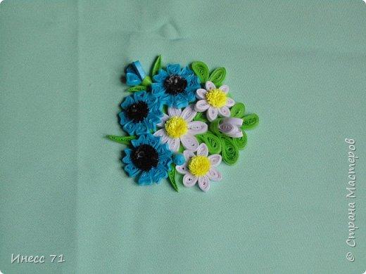 Появилось у меня новое увлечение - квиллинг, вот и сплела шкатулку, будут храниться мои детальки-цветочки. фото 8