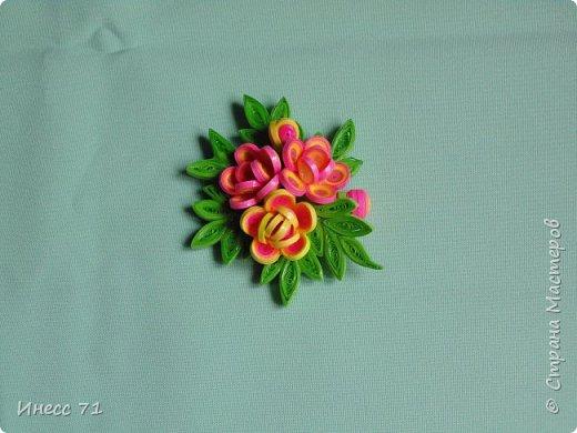 Появилось у меня новое увлечение - квиллинг, вот и сплела шкатулку, будут храниться мои детальки-цветочки. фото 7