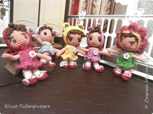 куколки-малышки в новогодних кастюмах фото 1