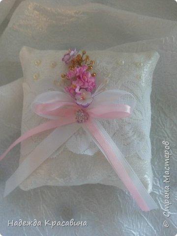 Всем привет! Хочу вам показать свою первую большую работу! Скоро состоится свадьба моей младшей сестренки и я решила сделать для нее такой наборчик. По заказу невесты все выполнено в розовом цвете. Ну а теперь все по отдельности... фото 13