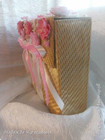 Всем привет! Хочу вам показать свою первую большую работу! Скоро состоится свадьба моей младшей сестренки и я решила сделать для нее такой наборчик. По заказу невесты все выполнено в розовом цвете. Ну а теперь все по отдельности... фото 27