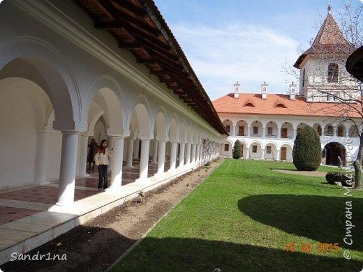 Монастырь Брынковеану.... фото 20