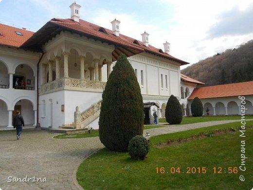 Монастырь Брынковеану.... фото 2