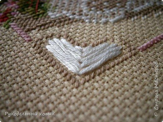 Риолис «Чай с лимоном» Размер вышивки:20x20 см Техника:Счетный крест (Counted Cross Stitch) Тип канвы:14 Aida Zweigart Цвет канвы:Кремовый Производитель ниток:Anchor Количество цветов:14  Впечатления: Приятная вышивка, которая делается практически на одном дыхании.  фото 4