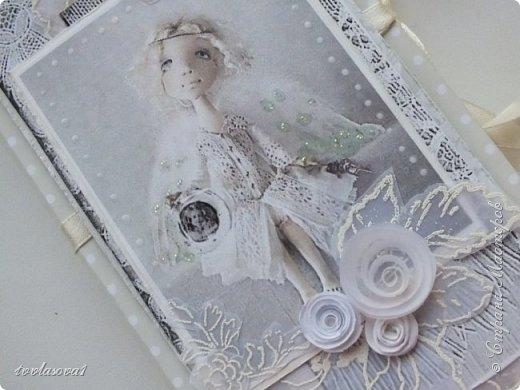 На днях появилась на свет вот такая коробочка,  нежная-нежная....с задумчивым ангелом... фото 3
