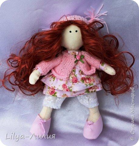 Давно хотела такую куколку, прям мечтала о ней. И вот теперь у меня есть рыжая красотка.  Конечно не все идеально и косячков достаточно, но главное я ее сделала.  фото 1