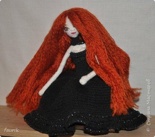 Новенькая девочка, 27 рост. Волосы акрил, крючок 0,75, проволочный каркас фото 4