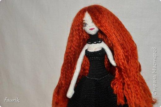 Новенькая девочка, 27 рост. Волосы акрил, крючок 0,75, проволочный каркас фото 9