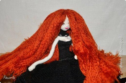 Новенькая девочка, 27 рост. Волосы акрил, крючок 0,75, проволочный каркас фото 11