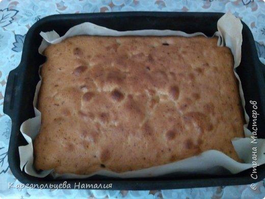 """Хочу поделиться рецептом очень простого и вкусного пирога. Этот пирог знают все. Рецепт я нашла в интернете, когда нет времени, а гости на пороге-он спасет ситуацию-""""Шарлотка с ягодами"""" фото 11"""