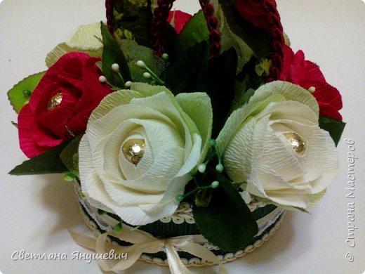 """Букетик для мамы, """"Весенние цветы"""".  В составе: 7 конфеток Золотая лилия, 22 конфетки Шарлетт, 250гр. конфет Марсианка (это в сирени), 6 конфеток Жизель и 9 конфет- карамелек Мини-М ассорти.  Вобщем увесистый букетик.  Идея сирени позаимствована мной у  Татьяны Малиновцевой.  фото 17"""