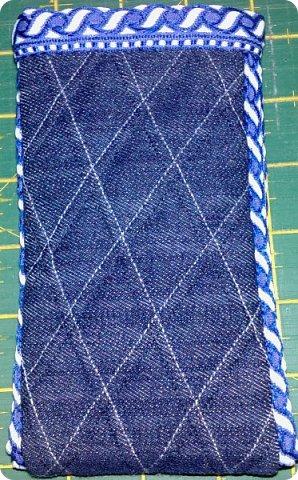 Вот такое сшилось детское одеяло. Одеяло для маленького мальчика.Но я умудрилась сюда вставить яркие лоскутики, просто захотелось одеяло сделать более радостным. фото 11
