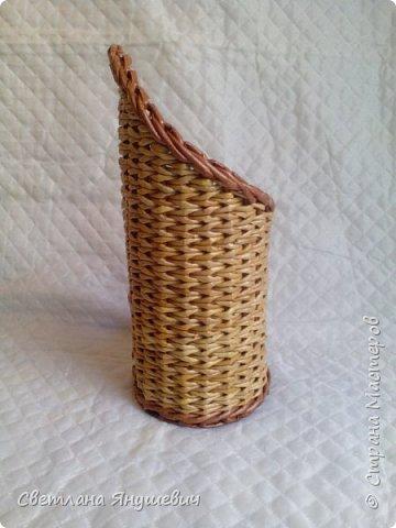 Подставка для бутылочки.  Можно дополнить виноградом из конфет.  фото 5