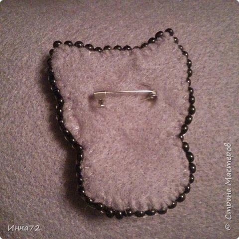 Вот моя первая брошка. Подарок крестнице на день рождение. фото 2