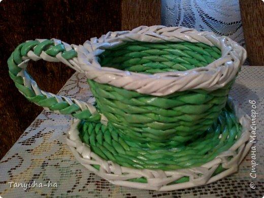 Моя первая шкатулка, красила краской для яиц, на крышке обои под покраску. фото 8