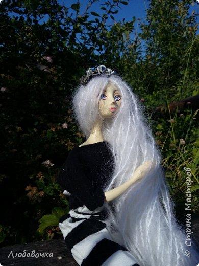 С этим ободком куколка как-то даже сказочно смотрится)  фото 3