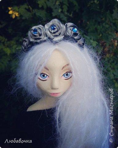 С этим ободком куколка как-то даже сказочно смотрится)  фото 1