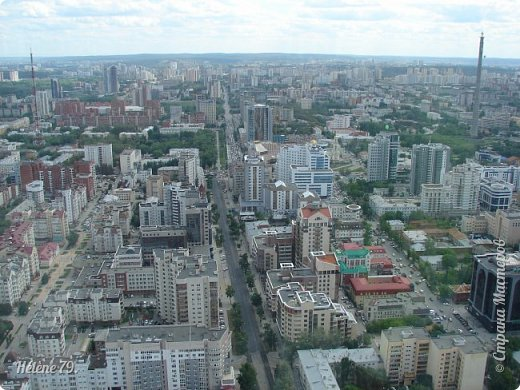 Здравствуйте, дорогие жители нашей прекрасной СМ! Приглашаю ВАС полюбоваться на город Екатеринбург с высоты птичьего полёта.  Открытая смотровая площадка расположена на небоскрёбе  «Высоцкий» на 52 этаже- на высоте 186 метров.  фото 6