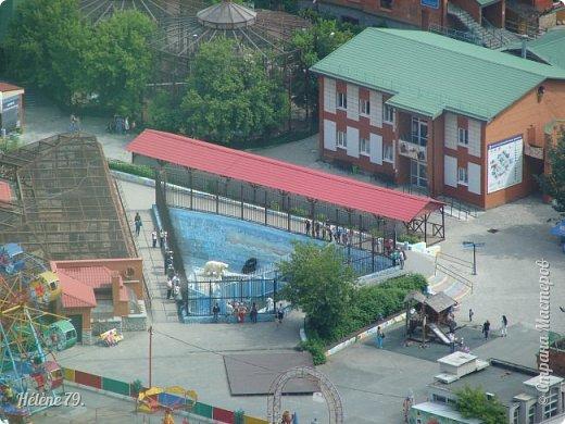 Здравствуйте, дорогие жители нашей прекрасной СМ! Приглашаю ВАС полюбоваться на город Екатеринбург с высоты птичьего полёта.  Открытая смотровая площадка расположена на небоскрёбе  «Высоцкий» на 52 этаже- на высоте 186 метров.  фото 17