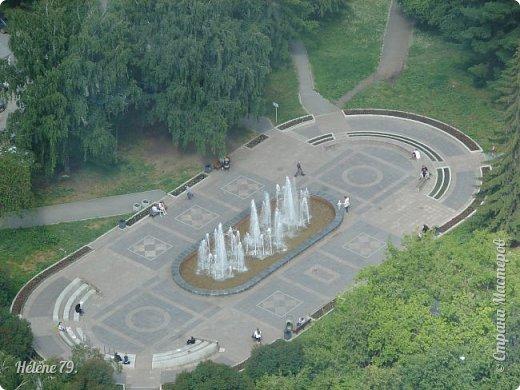 Здравствуйте, дорогие жители нашей прекрасной СМ! Приглашаю ВАС полюбоваться на город Екатеринбург с высоты птичьего полёта.  Открытая смотровая площадка расположена на небоскрёбе  «Высоцкий» на 52 этаже- на высоте 186 метров.  фото 26