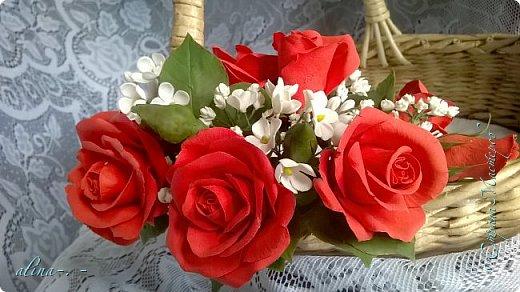 """Корзинка №1.Лепили цветы из глины """"Mоdena Soft"""",а листья из глины """"Fleur"""".Плетение-верёвочка из 2-х трубочек.Загибка из 4-х трубочек. фото 6"""