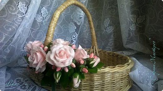 """Корзинка №1.Лепили цветы из глины """"Mоdena Soft"""",а листья из глины """"Fleur"""".Плетение-верёвочка из 2-х трубочек.Загибка из 4-х трубочек. фото 10"""
