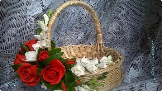 """Корзинка №1.Лепили цветы из глины """"Mоdena Soft"""",а листья из глины """"Fleur"""".Плетение-верёвочка из 2-х трубочек.Загибка из 4-х трубочек. фото 19"""