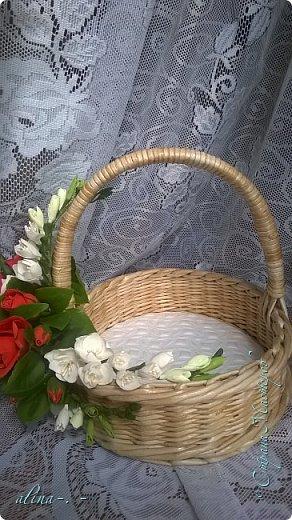 """Корзинка №1.Лепили цветы из глины """"Mоdena Soft"""",а листья из глины """"Fleur"""".Плетение-верёвочка из 2-х трубочек.Загибка из 4-х трубочек. фото 21"""