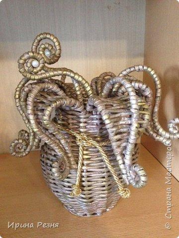 """Вдруг случайно руки стали плести такую """"гаргону"""")))). Это тот случай, когда руки работают независимо от головы))). Покажу вазу со всех сторон.. фото 2"""