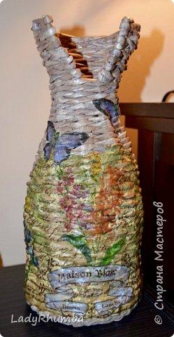 """Привет всем жителям Страны!   У меня очередная плетенка - ваза с """"воротником"""". Оплетала пластиковую бутылку из-под миндального молока. В ней у меня уже давно живет отпрыск шведского плюща. Ну не комильфо как-то в обычной пластиковой бутылке его держать. И вот решено было превратить ее в вазу.   фото 1"""