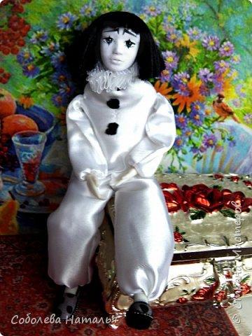 "Дебютная интерьерная кукла ""Пьеро"" фото 1"