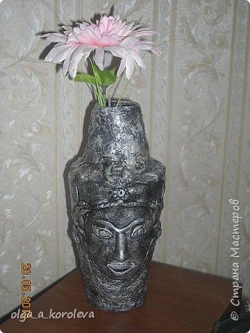 Эта ваза - из старого плафона. Внутри отделана атласной тканью. фото 11