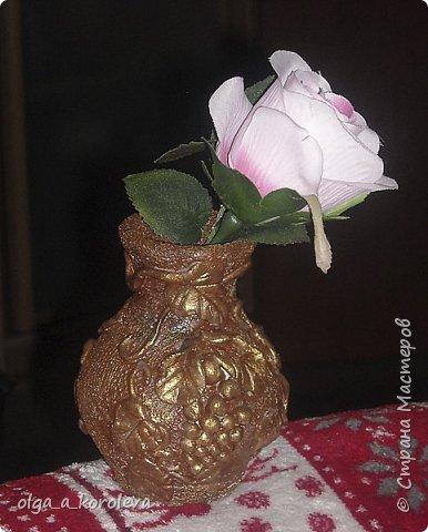 Эта ваза - из старого плафона. Внутри отделана атласной тканью. фото 12