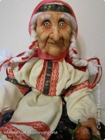 Хочу показать вам новую работу, Бабушка Яга! Правда она не до конца сделана -нет атрибутов для Яги, Будет еще ступа( наверное) с метлой.  Вот такая чистюля в этот раз! фото 3