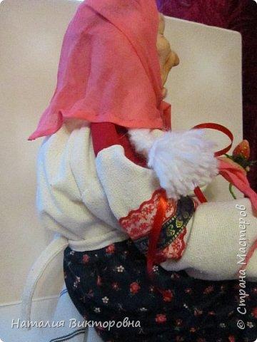 Хочу показать вам новую работу, Бабушка Яга! Правда она не до конца сделана -нет атрибутов для Яги, Будет еще ступа( наверное) с метлой.  Вот такая чистюля в этот раз! фото 14