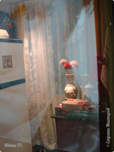 """Здравствуйте, дорогие жители СМ! Сегодня я хотела бы пригласить ВАС посетить музей В.С. Высоцкого, который находится в небоскрёбе """"Высоцкий"""", на смотровой площадке которого мы побывали с ВАМИ ранее (http://stranamasterov.ru/node/1038249).  Первый, наиболее полный рассказ о музее, здесь:  http://stranamasterov.ru/node/919905   Концепция Музея уникальна, вехами показана вся жизнь Владимира Семеновича. В основу экспозиции вошли личные вещи Владимира Высоцкого.   фото 8"""