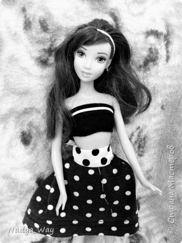 Привет,это снова мы.Пошилось два комплекта.Юбка и топ и платье для Мэр.Это куколка сестры,зовут Рейчел.Возможно Рейчел иногда будет появляться у меня в блогах.Поэтому прошу любить и жаловать. фото 1