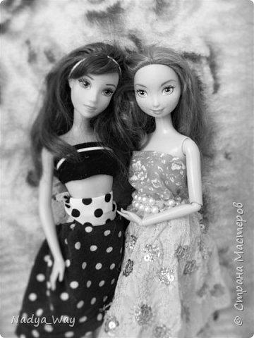 Привет,это снова мы.Пошилось два комплекта.Юбка и топ и платье для Мэр.Это куколка сестры,зовут Рейчел.Возможно Рейчел иногда будет появляться у меня в блогах.Поэтому прошу любить и жаловать. фото 2